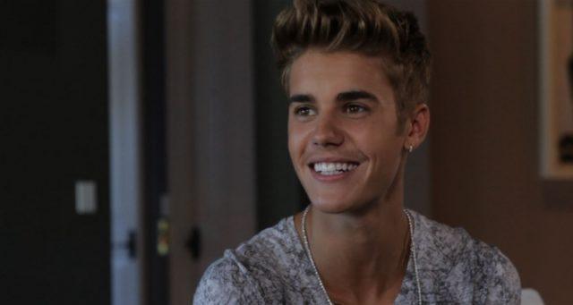 Justin Bieber az egész stábját elvitte A kis kedvencek titkos életére