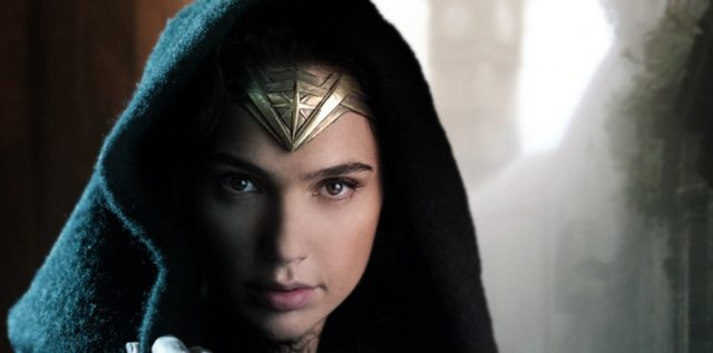 Jön! Jön! Wonder Woman!