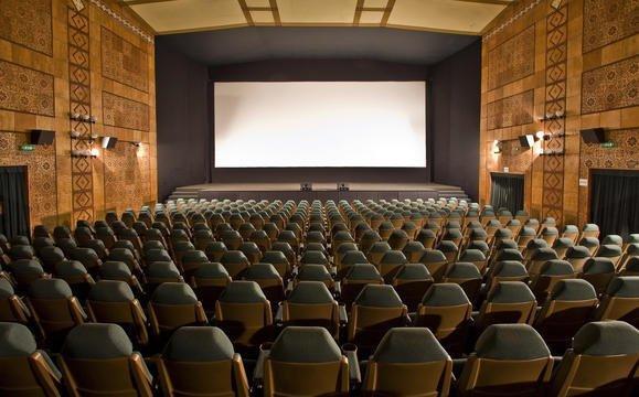Elkezdődött a szegedi Belvárosi mozi felújítása