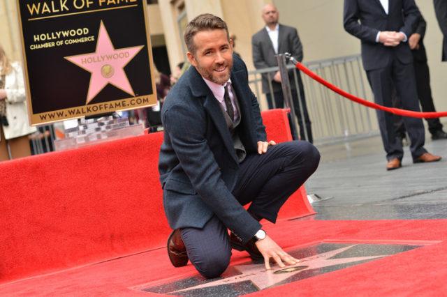 Ryan Reynolds csillagot kapott a hírességek sétányán