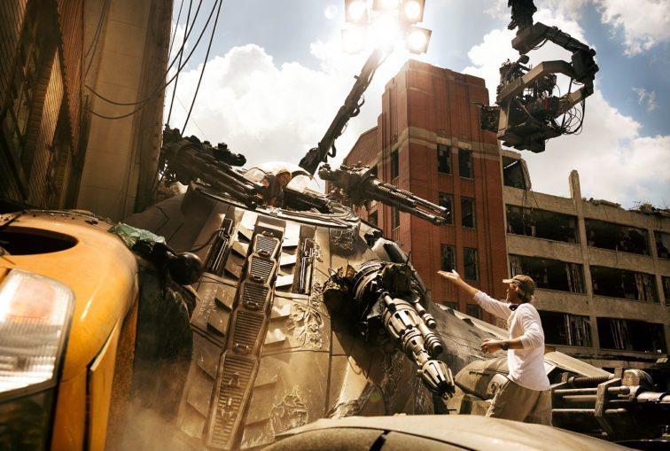Mégsem száll ki Michael Bay Transformers-filmek rendezője