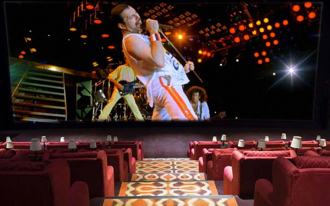 Kultfilmekkel és éjféli James Bond-premierrel nyílik meg újra a MOM Park CinemaMOM mozija